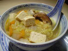 Zuppa alla cinese con funghi shiitake e tofu - Shiitake and tofu chinese soup