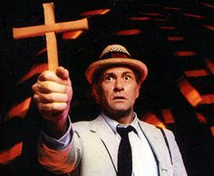 Kolchak: The Night Stalker, starring Darren McGavin. Fridays nights in 1974 were fun and scary because of this ABC show. Too bad it only lasted one season.