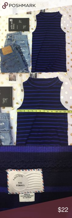 Postmark Anthropologie Navy Striped Tank Size Xs This tank is in great condition. It's super soft stretchy and 98 percent cotton. It's perfect fit for high waisted shorts! Any questions please ask! Thanks Anthropologie Tops Tank Tops