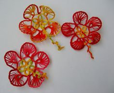 Hibiscus flowers in tatting !!! Puerto Rican Hibiscus (Maga) designed by Wally Sosa. Patt at her site. *p*