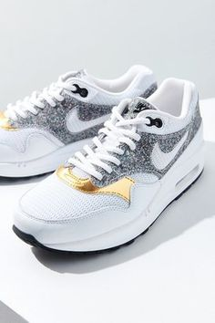 new arrival ee58c 1be28 Nike 1 SE Sneaker Colorful Sneakers, Metallic Sneakers, Colorful Shoes,  Sneaker Heels,