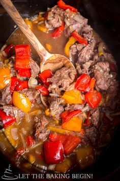Slow Cooker Spicy Beef & Bell Pepper - Clean, healthy and delicious, all in one! Sub gluccie for cornstarch THM S / Deep S