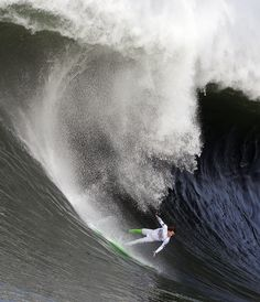 Big Wave Surfing Surfing The Big Wave By Guayasamin On - Guys sets himself on fire before surfing a huge wave