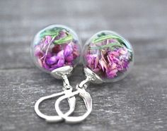 More in Earrings - Etsy Jewelry - Page 34 Fall Flowers, Second Hand, Etsy Jewelry, Spring 2014, Sparkle, Stud Earrings, Handmade, Stuff To Buy, Vintage