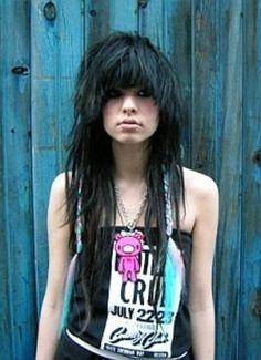 Emo-Haarschnitte und Frisuren für Mädchen: Emo Haarschnitte Lazy Eye ~ frauenfrisur.com Frisuren Inspiration