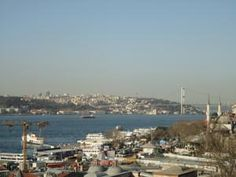 Dream Duplex Bosphorus Terrace  Dream Duplex Bosphorus is situated in Istanbul's Asian aspect, on the Üsküdar shore. It provides spacious lodging with a Bosphorus-dealing with balcony and properly-outfitted kitchen. Wi-Fi is free.