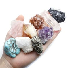 Jovivi Rough Stones Mix Natural Raw Mineral Crystal Quartz Specimens for Tumbling, Cabbing, Polishing, Wicca and Reiki Healing Rocks And Gems, Rocks And Minerals, Chakra Healing, Crystal Healing, Healing Meditation, Crystals And Gemstones, Stones And Crystals, Gem Stones, Types Of Crystals