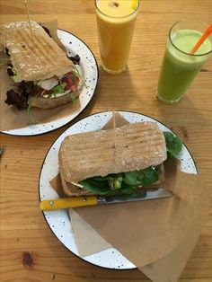 Amazing (healthy) lunch @ Café Cometa Sandwiches, Amazing, Travel, Food, Kites, Viajes, Eten, Trips, Paninis
