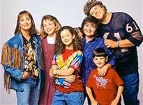Roseanne TV Show. This was one of our 'family' time shows. back before you could ff through commercials. Best Tv Shows, Favorite Tv Shows, Movies And Tv Shows, Favorite Things, Roseanne Tv Show, Roseanne Barr, Roseanne Sitcom, Roseanne Conner, Movies