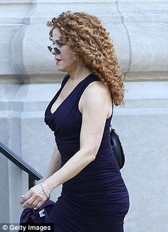 Actress Bernadette Peters arrives for the ceremony. The Goodbye Girl, Kathy Griffin, Crazy Ex Girlfriends, Bernadette Peters, People Of Interest, Hollywood, Joan Rivers, Voluptuous Women, Curled Hairstyles
