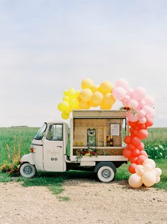 Bursting with color, this contemporary take on a farmhouse wedding is just the wedding inspiration we needed today. Unique Wedding Favors, Unique Weddings, Wedding Reception, Wedding Day, Rustic Weddings, Wedding Advice, Summer Wedding, Menu Signage, Prosecco Bar