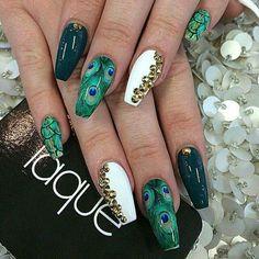 Nails white green gold