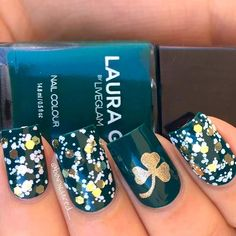 """Patrick's Day mani featuring """"Jade"""" which is a polish from collab with 😍 Glitter is Urban Outfitters """"Champagne Toast"""" and the gold is OPI """"Love Angel Music Baby"""" ✨ Love Angel Music Baby, Tattoo Designs, Nail Designs, St Patricks Day Nails, Modern Nails, Wedding Nails Design, Glitter Nail Art, Nail Art Galleries, Gold Nails"""