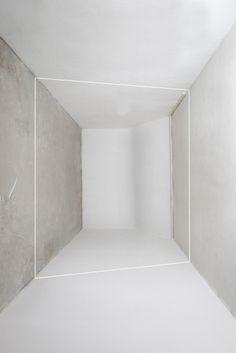 Interspace by Florian Hildebrandt. Florian Hildebrandt is part of Kapturing, a photographic duo. Design Despace, Wall Design, Interior Architecture, Interior Design, Minimal Architecture, Study Architecture, White Space, Minimal Design, Installation Art