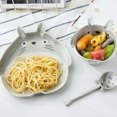 This delightful Totoro junior place setting will have little ones excited for mealtimes. Showcasing a hand-painted bowl plate and spoon its enough to make any My Neighbor Totoro fan feel special. Totoro Nursery, Apollo Box, Soup Bowl Set, Cute Kitchen, My Neighbor Totoro, Dinnerware Sets, Plates And Bowls, Cute Food, Studio Ghibli