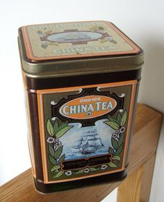 vintage Golden Clipper Tea Tin by lookonmytreasures on Etsy