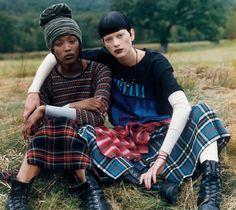Deze ultieme 90s favoriet komt dit najaar terug en vind je tijdens | 'Fashion's Night Out' bij Zalando's House of Now | Steven Meisel, Vogue, 1992 ※