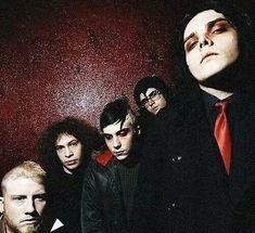 Gerard And Frank, Gerard Way, Emo Bands, Music Bands, My Chemical Romance, Vampire Kids, Fandom, Mikey Way, Black Parade