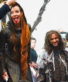 amralime:  Evangeline Lilly and Aidan Turner. The Hobbit The Desolation of Smaug Behind the Scenes.