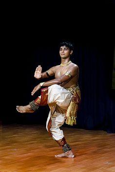 Folk Dance, Dance Art, Dirty Dancing, Pole Dancing, Body Painting Festival, Bollywood, Indiana, Indian Classical Dance, Dance World