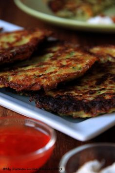 040 a 640 Guestspeaker Alice Waters and Potato Zucchini Pancakes Delicious Vegan Recipes, Vegetarian Recipes, Cooking Recipes, Healthy Recipes, Zucchini Pancakes, Good Food, Yummy Food, German Recipes, Denver Colorado