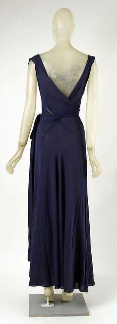 Madeleine Vionnet             (French, Chilleurs-aux-Bois 1876–1975 Paris)                                                                                                           Date:                                      1937                                                       Culture:                                      French                                                       Medium:                                      silk Back