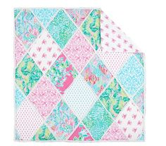 Lilly Pulitzer for Pottery Barn Lilly Pulitzer Party Patchwork Quilt March 2018 Hawaiian Quilt Patterns, Hawaiian Quilts, Fantasy Bedroom, Big Girl Rooms, Baby Rooms, Baby Furniture, Nursery Bedding, Pottery Barn Kids, Kid Beds