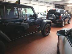 Auto Usate Milano - www.autocicognara.it  It's snow time!  Do you prefer the big or small Jeep?  STAY TUNED !!!   Per rimanere aggiornato sulle news, offerte e promozioni e per non dimenticare le scadenze della tua auto, scarica dal tuo SmartPhone la nostra utilissima App gratuita : onelink.to/7eebqu   #AutoCicognara #AutoUsate #Neve #Natale #Jeep
