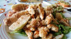 Summer Chicken Salad! #chicken #pollo #pettidipollo #lattughino #lettuce #fichi #figues #limone #lemon #zestelimone #rosmarino #rosmarinodelvicino #scalogno #olioevo #butterisnewblack