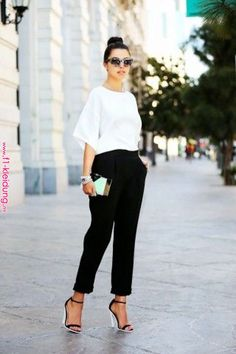 What Wear 14 + Foolproof + (und + bezahlbar!) + Interview + Outfit + Ideen + über + Who What Wear Fashion Mode, Office Fashion, Work Fashion, Fashion Looks, Womens Fashion, Fashion Trends, Monochrome Fashion, Fashion Fashion, Fashion Black
