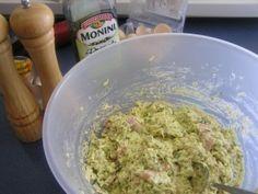 Cuketový slaný koláč (fotorecept) - obrázok 4 Guacamole, Ale, Grains, Mexican, Ethnic Recipes, Food, Basket, Meal, Ale Beer
