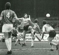 Newport Co 1 Chesterfield 0 in March 1987 at Somerton Park. County have a corner #Div3