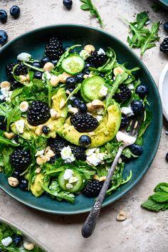 Arugula Salad Recipes, Summer Salad Recipes, Summer Salads, Cucumber Salad, Vegetarian Recipes, Cooking Recipes, Healthy Recipes, Blueberry Salad, Clean Eating