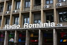 Radio Craiova: Dezbatere pe tema proiectului de modificare a Legii Romania, Broadway Shows, Tv, Ants, Television Set, Television