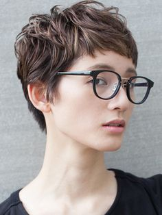 Pin on ヘアスタイル Messy Pixie Haircut, Short Pixie Haircuts, Pixie Hairstyles, Cool Hairstyles, Pixie Haircut Styles, Haircut Long, Undercut Pixie, Asian Short Hair, Girl Short Hair