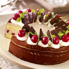 Cherry Cake with Peppermint Liqueur