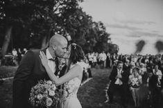 Couples and Weddings - Pinewood Weddings Late Summer Weddings, Laid Back Style, Couple Shoot, Couple Goals, Real Weddings, Wedding Ceremony, Couples, Couple, Relationship Goals