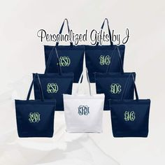 6 Personalized Zippered Tote Bag Bridesmaid Gift Set of Wedding Party Gift- Bridal Party Gift- Initial Tote- Mother of the Bride Gift Beach Wedding Gifts, Bridal Gifts, Gift Wedding, Sister Gifts, Gifts For Mom, Bridesmaid Tote Bags, Bridesmaids, Burlap Bags, Personalized Bridesmaid Gifts
