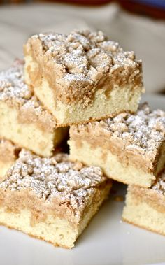 Baking Recipes, Cake Recipes, Dessert Recipes, New York Crumb Cake Recipe, Crumb Coffee Cakes, Coffee Cupcakes, Savoury Cake, Just Desserts, Crack Crackers