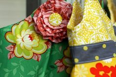 Very easy to make fabric flowers... perfect to use on purses, clothes, hats.. by Rebeka Lambert