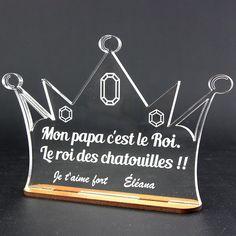 Con/çu et fabriqu/é en France couronne prince 1 pr/énom Emporte-pi/èce personnalis/é