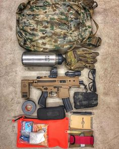 Havent done one of these in a while. Here are my current bag contents. Listed from top to bottom and all makers are tagged . Grey Ghost Gear Operator Pack Klean Kanteen Mechanix Gloves Sig Copperhead with Holosun 507 & X300 Smith optics Clears Wise Men Co Pill Bug (tons of necessities in there) 10x Monocular Tape Surefire Pen and note pad  Magpul Daka Pouch (booboo kit/Toiletries) Cliff Bars Electrolyte Packets space blanket Lunar Concepts Swift Pak (need to add a TQ. Gave the one that was… Pill Bug, Space Blanket, Smith Optics, Surefire, Wise Men, Edc, Guns, Awesome, Weapons