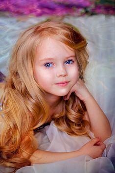 Anastasia Orub (born May 15, 2008) Russian child model. Photo by Jana Kim.