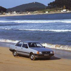 #현대자동차 #스텔라 가 그립지 않나요?  1980년대 #중형차 의 #자존심 이었던 스텔라입니다.  Do #you #miss #Hyundai_motor #Stella in 80's? Stella was the #midsize cars' #pride in 1980's.   #Hyundai_motor #motors #Sonata #car #old_car #classic #memory #history #daily #현차 #자동차 #StellaGX #올드카 #클래식카 #추억 #기억 #응답하라1988 #응팔 #자동차그램 #정연만