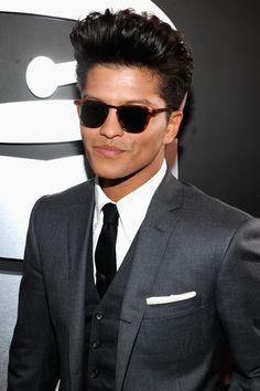 Bruno Mars hair, adorable