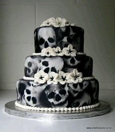 Pinterest   69 Non Traditional Wedding Cakes images   Birthday cakes     A very non traditional wedding cake  If I came up with this  L