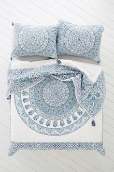 Magical Thinking Devi Medallion Duvet Cover - Urban Outfitters Bedroom: blue and white with orange accents Dream Bedroom, Home Bedroom, Bedroom Decor, Bedrooms, Bedroom Ideas, Master Bedroom, My New Room, My Room, Duvet Covers Urban Outfitters