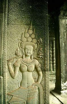 Ankor Wat Cambodia, Angkor Vat, Cambodian Art, Asian Sculptures, Ancient Goddesses, Cambodia Travel, Lord Krishna Images, Goddess Art, God Pictures