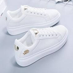 Trendy Shoes, Casual Shoes, Stylish Shoes For Women, Shoes Style, White Sneakers, Shoes Sneakers, Sneakers Women, Women's Shoes, Sneakers Fashion