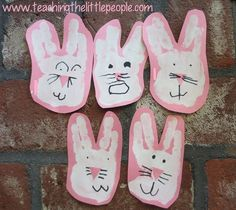 Bunny Handprints:Teaching the Little People